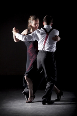 Glasgow Tango tutors Alistair and Shona dancing 7